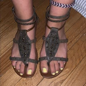 🔴2/$25 Maurices gladiator sandals